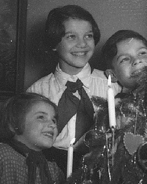 Christmas_Tree_Canlde_Clips_1954