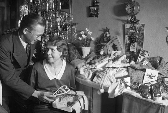 Christmas_Tree_Candle_Holders_Treeca.1930